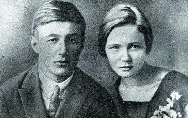 Ольга Берггольц с первым мужем Борисом Корниловым