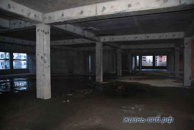 Мрачный второй этаж