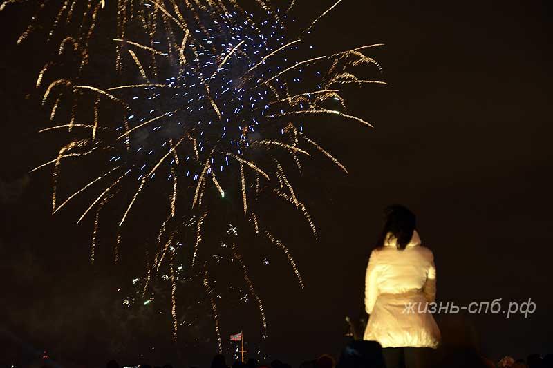 Новогодний салют в Петербурге