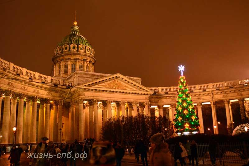 Новогодний Казанский собор