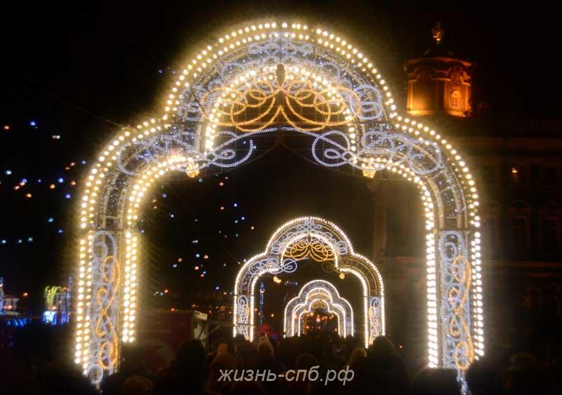 Новогодний Петербург