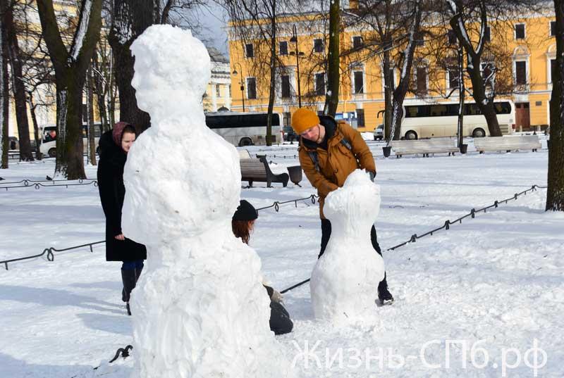 Скульпторы из снега