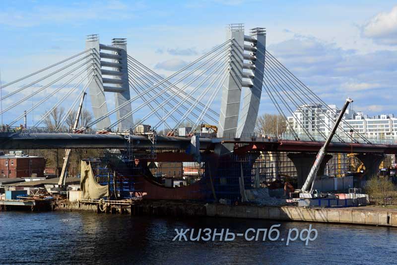 Красивый и мистический мост Бетанкура в Санкт-Петербурге