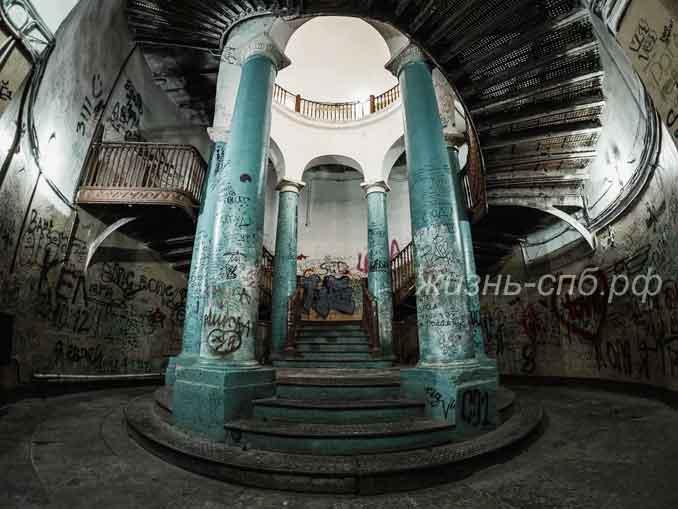Ротонда на Гороховой - мистическое место Петербурга