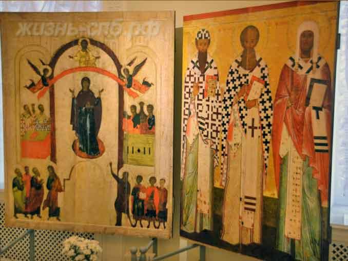 Православные иконы в музее святой Ксении Петербургской на Камской 2