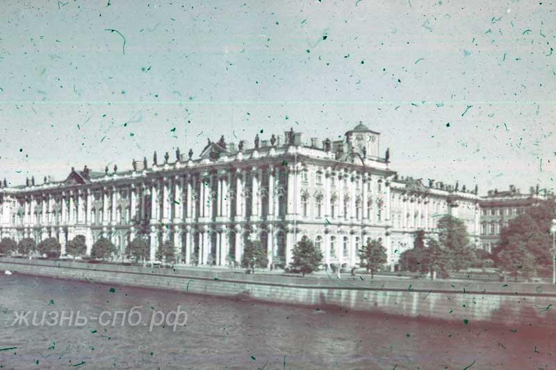 Старый Петербург - Зимний-вид с Невы