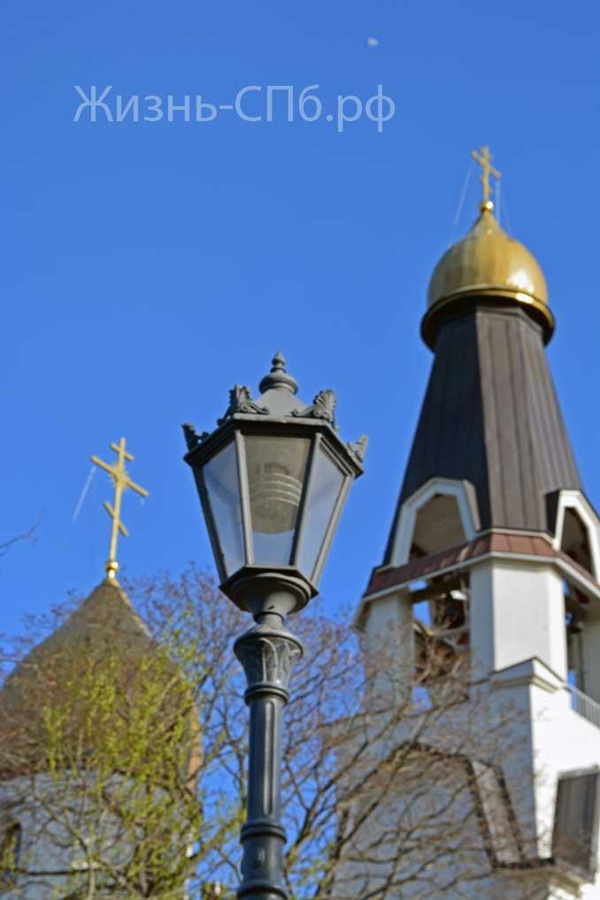 Петропавловская церковь уличный светильник