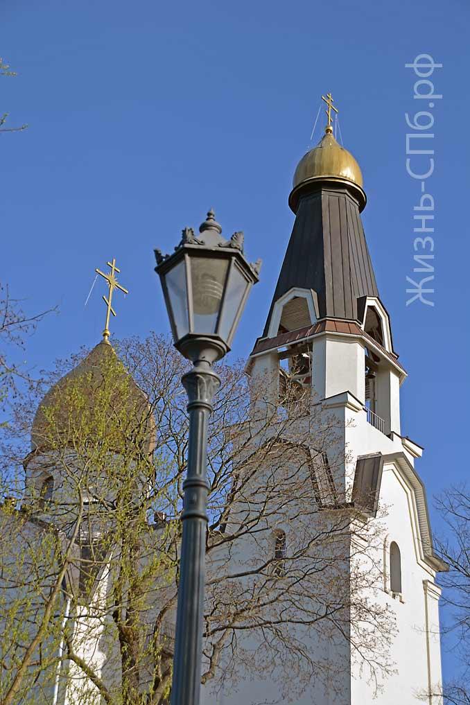 Храм святых Первоверховных Апостолов Петра и Павла в Сестрорецке