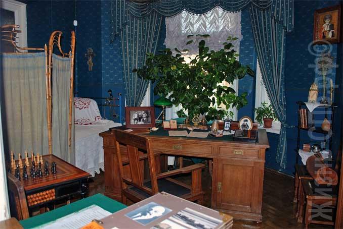Музей-квартира Елизаровых - какие тайны хранит доходный дом Эрлиха?
